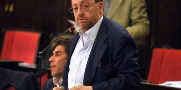 Un deputato contro un cassintegrato: il caso del giornalista del manifesto Fazio e dell'onorevole Pdl...