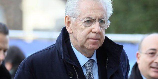 Vertice Ppe: a sorpresa arriva anche Mario Monti, stesso tavolo per Berlusconi, Merkel e il