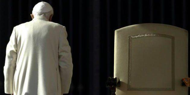 Dimissioni Papa: Benedetto XVI vola via dal