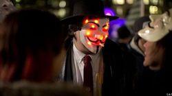 Così la maschera di Anonymous finanzia le