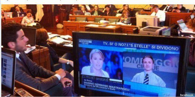 M5s, Vito Crimi propone l'espulsione del senatore Marino Mastrangeli: