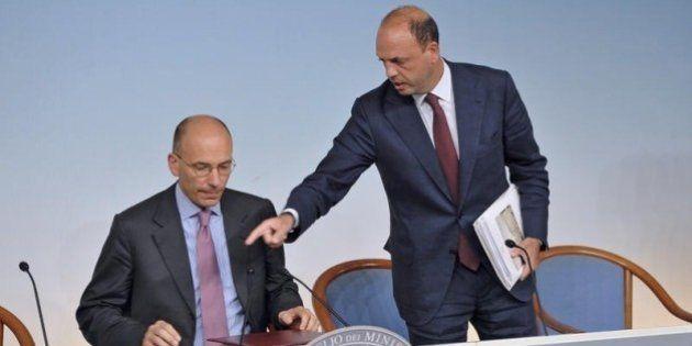 Enrico Letta incontra Alfano a Palazzo Chigi. Sull'agibilità politica di Silvio Berlusconi le posizioni...
