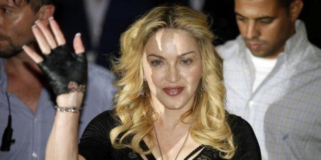 Madonna arriva nella sua palestra di Roma e svela: