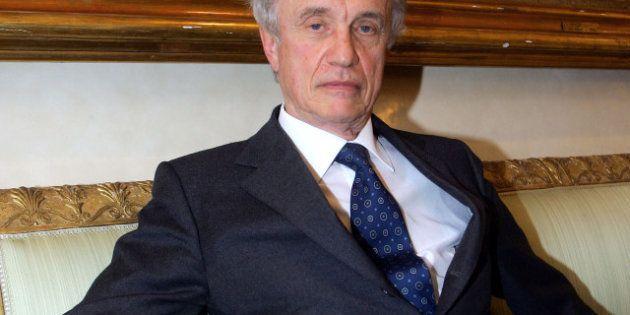Gli ottanta anni di Giovanni Bazoli, l'ultimo dei banchieri di