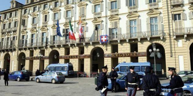 Fondi Regione Piemonte: avvisi di garanzia per 52 consiglieri. L'accusa è di