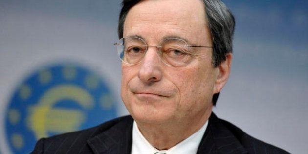 Elezioni 2013, sul caso Mps Mario Monti e il presidente della Repubblica Giulio Napolitano alzano un...