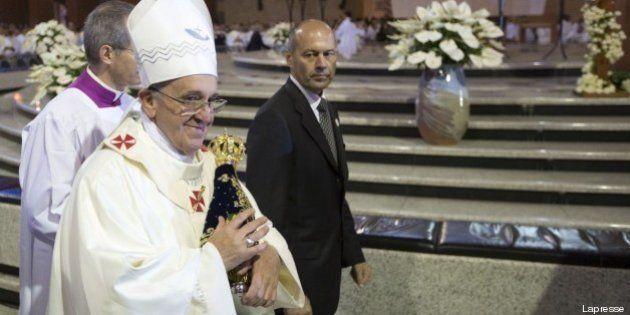 Gmg, Papa Francesco contro le droghe:
