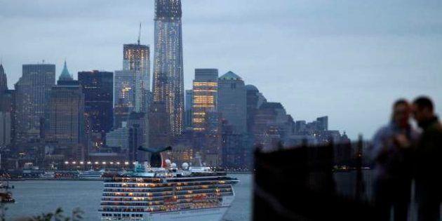 Uragano Sandy: tutto fermo a nella East Coast, cancellati circa 7.500 voli (FOTO,