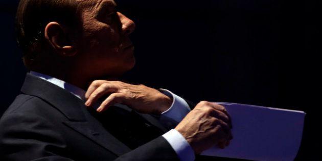 Elezioni 2013, Silvio Berlusconi a Porta a Porta getta la maschera e torna Caimano. Prima mano tesa,...