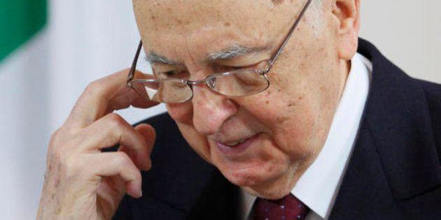 Elezioni 2013. Monti lancia la sfida Ue ai grillini, ma Bersani non molla sul dialogo con M5s. Napolitano...