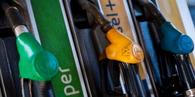 Petrolio, in calo i consumi (-5,2%) nel 2013. E all'Erario viene meno quasi 1 miliardo di