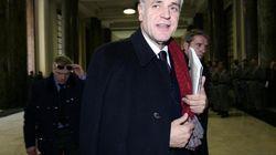 Roberto Formigoni indagato per corruzione. Replica: fango vecchio. La Procura: soli non solo da Fondazione