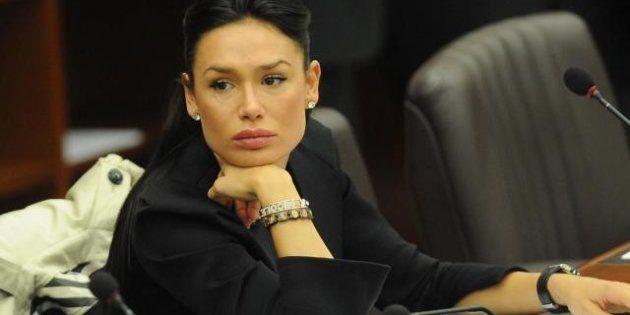 Nicole Minetti: me ne vado negli Stati Uniti e sogno di diventare first lady