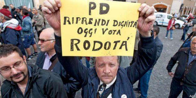 Quirinale 2013. Nel Pd movimenti pro-Rodotà. Rompe il ghiaccio Barca con Cofferati e Landini. Nuovo partito...
