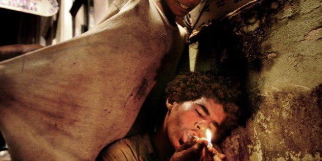 Paco, la droga dei poveri in Sud America: il reportage di Valerio Bispuri sulle favelas