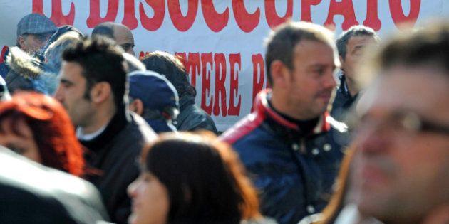 Disoccupazione record in Italia a settembre al 10,8%. Sale a oltre il 35% quella tra i