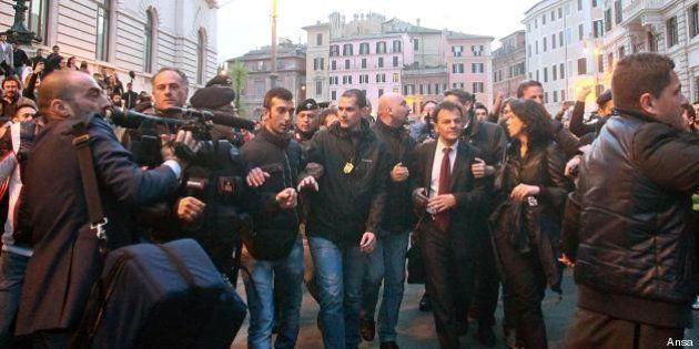 Dario Franceschini contestato, il dibattito in rete: critiche legittime o aggressione violenta?