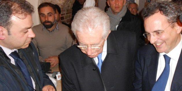 Elezioni 2013, la serata di Monti alla Trattoria degli Amici della comunità di Sant'Egidio dà la carica...