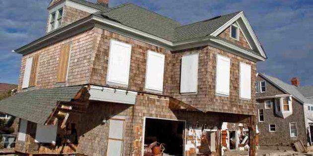 Uragano Sandy, il numero dei morti a New York sale a 34. Trovati morti i due fratellini