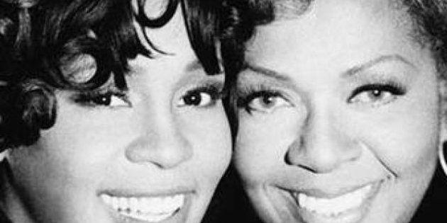 Whitney Houston, tutto sulla vita e la morte della star nelle memorie della madre (FOTO,