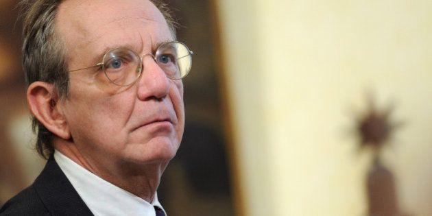 Pietro Carlo Padoan, il, governo ripropone la nomina come presidente
