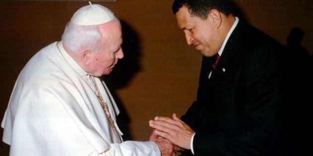 Morte di Hugo Chavez, il ricordo: quando l'erede di Bolivar incontrò Giovanni Paolo II. Per lui una fine...