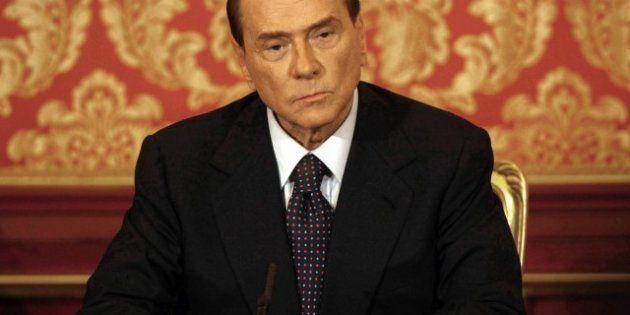 Silvio Berlusconi dice no a Maroni in Lombardia. Ma la trattativa col Carroccio