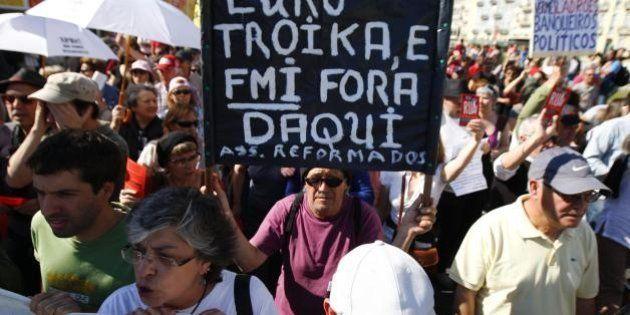 Grecia: le prime case torneranno pignorabili per chi non paga il mutuo. Lo ha chiesto la