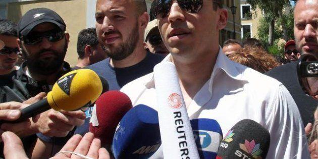 Grecia, portavoce di Alba dorata a processo per rapina a mano