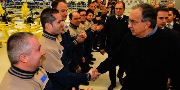 Fiat, Sergio Marchionne a Grugliasco accolto tra gli applausi della Fiom e ribadisce