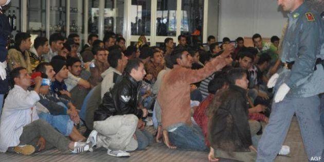 Immigrati, Berlino accusa Roma. 500 euro agli immigrati per lasciare l'Italia alla volta della