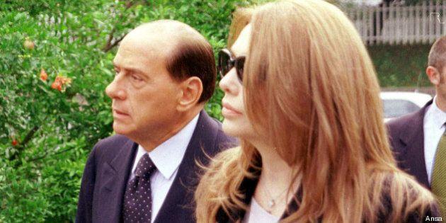 Silvio Berlusconi-Veronica Lario, Corte d'Appello: dal Cavaliere 3 milioni di euro al mese all'ex moglie