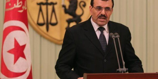 Tunisia: il primo ministro Ali Laarayedh annuncia le elezioni entro novembre. In crescita il potere dei...