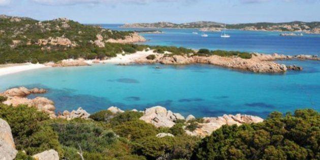 Sardegna, Isola di Budelli e spiaggia rosa vale 3 milioni di euro: se ministero non la comprerà potrebbe...