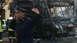 Esplode furgone rosticceria, tre morti e otto