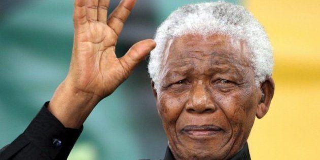 Nelson Mandela ricoverato di nuovo: per il 94 enne ex presidente del Sudafrica
