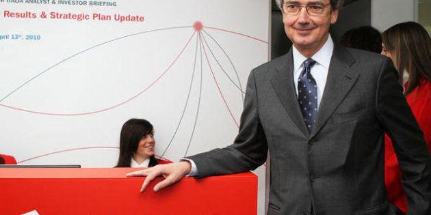 I conti di Telecom: l'Italia va male, ma la rete rimane una gallina dalle uova d'oro. Il nodo del debito...