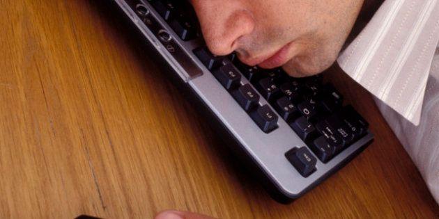 Quante calorie si bruciano con un clic? Uno studio giapponese dimostra che 'cliccare' fa