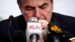 Bersani parla ai 409 eletti del Pd, il suo vero 'fortino' di voti per la linea del dialogo con M5S. Ambasciatori Zanda, Calip...