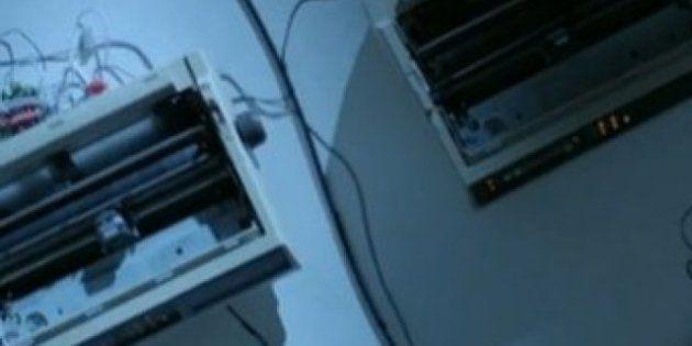 Orchestra di stampanti: il concerto di fax, scanner, modem e fotocopiatrici che suonano Bob Dylan