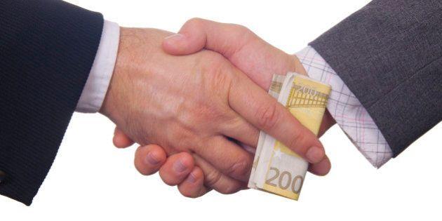 Finanziamento partiti: il sistema dell'otto per mille per la politica. Ma i soldi potrebbero