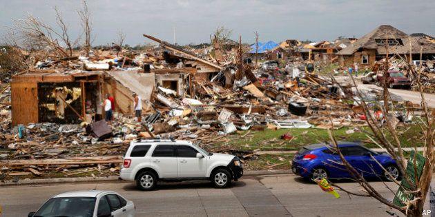 Tornado negli Stati Uniti, torna l'emergenza a Oklahoma City: 5 morti (FOTO,