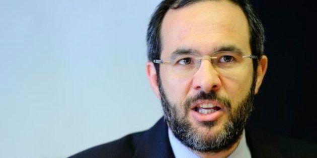Elezioni Lombardia 2013, sondaggio Ipsos: testa a testa tra Umberto Ambrosoli e Roberto Maroni. I due...