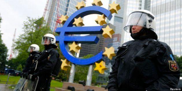 Blockupy a Francoforte: manifestazione contro Banca centrale europea (FOTO,