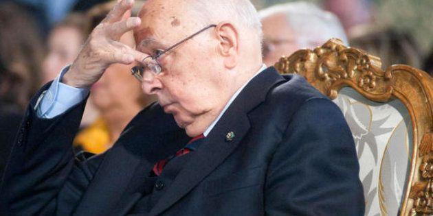 Napolitano spezza una lancia a favore di Berlusconi e striglia i pm. Nel mirino, certi comportamenti...