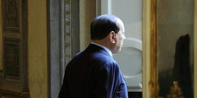 Silvio Berlusconi: la borsa condanna i tentativi del Cav di aprire la