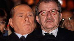 Condono tombale, Maroni contro Silvio: