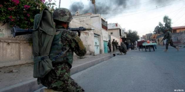 Afghanistan: morti nove bambini in un attacco kamikaze a sud-est del