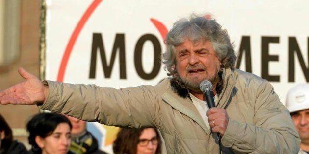 Sul mezzo milione raccolto dal Movimento Cinque Stelle Beppe Grillo risponde. Ma rimanda il