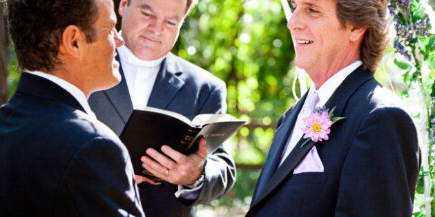 Primo passo verso i matrimoni gay per la Gran Bretagna. E anche al Pentagono si estendono i diritti alle...